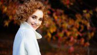 Yeni ve Trend ; Kıvırcık Bayan Saç Modelleri