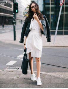Bayan Trend ; Beyaz Ayakkabı Kombinleri 2017