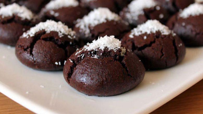 Her Isırıkta Çikolata Tadını Doyasıya Yaşayacağınız Birbirinden Güzel Kakaolu Kurabiye  Tarifleri